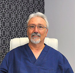 Doctor Ignacio Lamberto - Clínica Dents